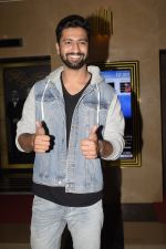 Vicky Kaushal at the Screening of film Jalebi in pvr icon, andheri on 11th Oct 2018 (60)_5bc0dfb5cb4ba.JPG