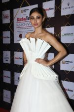 Mouni Roy at BT Fashion Week in Mumbai on 12th Oct 2018 (97)_5bc1a46cb5bfa.JPG