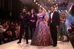 Urvashi Rautela at BT Fashion Week in Mumbai on 12th Oct 2018 (59)_5bc1a5068916a.JPG