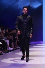 at BT Fashion Week in Mumbai on 12th Oct 2018 (45)_5bc1a4470f009.JPG
