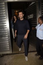 Abhishek Kapoor at Zoya Akhtar_s birthday party in bandra on 14th Oct 2018 (123)_5bc4428d0acbd.JPG