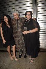 Javed Akhtar, Shabana Azmi, Zoya Akhtar at Zoya Akhtar_s birthday party in bandra on 14th Oct 2018 (158)_5bc4433053f8d.JPG