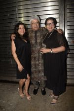 Javed Akhtar, Shabana Azmi, Zoya Akhtar at Zoya Akhtar_s birthday party in bandra on 14th Oct 2018 (162)_5bc44331b1f1a.JPG