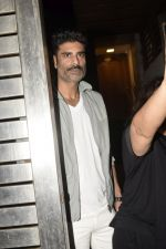 Sikander Kher at Zoya Akhtar_s birthday party in bandra on 14th Oct 2018 (202)_5bc44379bb0ff.JPG