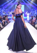 Model walk the ramp at BTFW Finale by Neeta Lulla on 15th Oct 2018