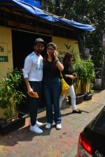 Aayushman Khurana & Wife Tahira Spotted At Farmer_s Cafe In Bandra on 16th Oct 2018 (10)_5bc6ecf1cbbcf.JPG