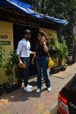 Aayushman Khurana & Wife Tahira Spotted At Farmer_s Cafe In Bandra on 16th Oct 2018 (9)_5bc6ecefd8816.JPG