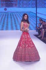 Disha Patani Walk The Ramp As ShowStopper For Designer Kalki Fashion at BTFW on 15th Oct 2018 (51)_5bc6ed9e1d5d3.JPG