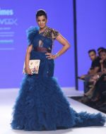 Mugdha Godse Walk The Ramp At Bombay Times Fashion Week on 15th Oct 2018 (21)_5bc6db04b531c.jpg