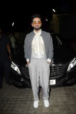 Ayushmann Khurrana at the Screening of Badhaai Ho in pvr juhu on 17th Oct 2018 (118)_5bc88b1d343d2.JPG