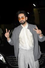 Ayushmann Khurrana at the Screening of Badhaai Ho in pvr juhu on 17th Oct 2018 (123)_5bc88b226798b.JPG