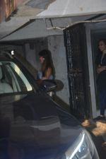 Ileana D_cruz Spotted At The Pilates Gym In Khar on 17th Oct 2018 (3)_5bc88c8726e29.JPG