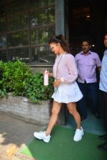 Jacqueline Fernandez Spotted At Palli Village Cafe In Bandra on 17th Oct 2018 (10)_5bc834b409cbc.JPG