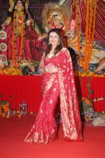 Deepshikha at The North Bombay Sarbojanin Durga Puja In Vile Parle on 18th Oct 2018 (37)_5bc98b97e4866.JPG