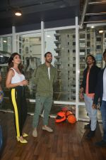 John Abraham, Shilpa Shetty at the launch of Vinod Channa_s VC Fitness in khar on 18th Oct 2018 (13)_5bc97d705c836.jpg