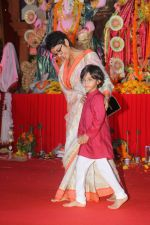 Kiran Rao at The North Bombay Sarbojanin Durga Puja In Vile Parle on 18th Oct 2018 (36)_5bc98c02883dc.JPG