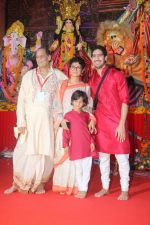 Kiran Rao at The North Bombay Sarbojanin Durga Puja In Vile Parle on 18th Oct 2018 (39)_5bc98c080b12b.JPG