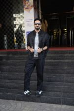Ayushmann Khurrana at the promotion of film Badhaai Ho in Pvr Ecx In Andheri on 19th Oct 2018 (50)_5bcd83253cf85.JPG