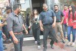 Suhana Khan Spotted At Bastian Bandra on 20th Oct 2018 (7)_5bcd920c64c2f.JPG
