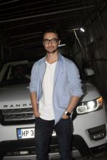 Aayush Sharma at the Screening of Film Andhadhun in Sunny Sound Juhu on 22nd Oct 2018 (5)_5bcebce75b00e.JPG