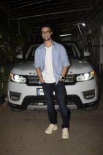Aayush Sharma at the Screening of Film Andhadhun in Sunny Sound Juhu on 22nd Oct 2018 (6)_5bcebce8bbe77.JPG