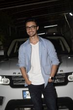 Aayush Sharma at the Screening of Film Andhadhun in Sunny Sound Juhu on 22nd Oct 2018 (7)_5bcebcea25e2c.JPG