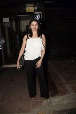 Prachi Desai Spotted At Bastian In Bandra on 21st Oct 2018 (6)_5bceb8f78f394.JPG