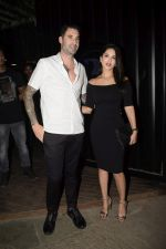 Sunny Leone & Daniel Webber Spotted At B Lounge Juhu on 21st Oct 2018 (1)_5bceb9134acd3.JPG