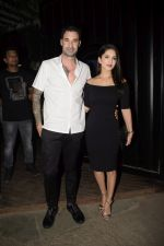 Sunny Leone & Daniel Webber Spotted At B Lounge Juhu on 21st Oct 2018 (6)_5bceb919d9690.JPG