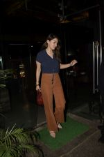 Hansika Motwane Spotted At Silver Beach Cafe In Juhu on 23rd Oct 2018 (2)_5bd01806e8d71.JPG