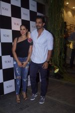 Kim Sharma, Harshvardhan Rane at the Grand Opening Ceremony of Skechers Mega Store on 25th Oct 2018 (61)_5bd2b5e4860bd.JPG