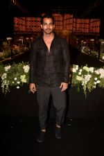 Harshvardhan Rane walk The Ramp at The Wedding Junction Show on 26th Oct 2018 (7)_5bd4585228e0f.JPG