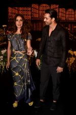 Kim Sharma, Harshvardhan Rane walk The Ramp at The Wedding Junction Show on 26th Oct 2018 (12)_5bd458541144c.JPG