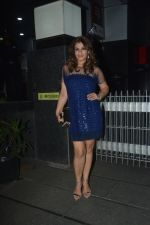 Raveena Tandon With Husband Anil Thadani Spotted At Hakkasan In Bandra on 26th Oct 2018 (12)_5bd4441197e0e.JPG