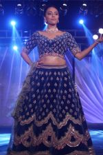 Swara Bhaskar walk The Ramp at The Wedding Junction Show on 26th Oct 2018 (66)_5bd458b373a34.JPG