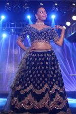 Swara Bhaskar walk The Ramp at The Wedding Junction Show on 26th Oct 2018 (67)_5bd458b559a6c.JPG