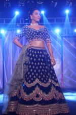 Swara Bhaskar walk The Ramp at The Wedding Junction Show on 26th Oct 2018 (70)_5bd458bb112cf.JPG