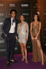 Alanna Panday, Deanne Pandey, Ahaan Panday at The Vogue Women Of The Year Awards 2018 on 27th Oct 2018 (278)_5bd6d06b66c97.JPG