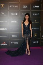 Alia Bhatt at The Vogue Women Of The Year Awards 2018 on 27th Oct 2018 (412)_5bd6d08354e91.JPG