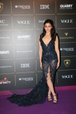 Alia Bhatt at The Vogue Women Of The Year Awards 2018 on 27th Oct 2018 (417)_5bd6d0ce378d2.JPG