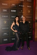 Alia Bhatt, Mahesh Bhatt at The Vogue Women Of The Year Awards 2018 on 27th Oct 2018 (391)_5bd6d0e7de419.JPG