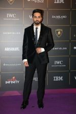 Ayushmann Khurrana at The Vogue Women Of The Year Awards 2018 on 27th Oct 2018 (338)_5bd6d18812d01.JPG