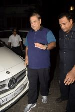 David Dhawan spotted at Anil Kapoor_s house for Karvachauth celebration in Juhu on 27th Oct 2018 (19)_5bd6bdedce7e2.JPG