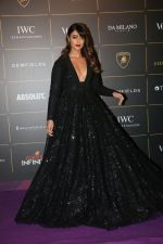 Ileana D_Cruz at The Vogue Women Of The Year Awards 2018 on 27th Oct 2018 (141)_5bd6d1c3dcf34.JPG