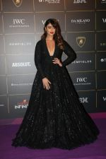 Ileana D_Cruz at The Vogue Women Of The Year Awards 2018 on 27th Oct 2018 (143)_5bd6d1cfe7a8c.JPG