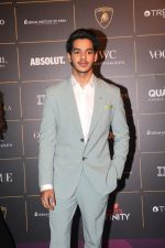 Ishaan Khattar at The Vogue Women Of The Year Awards 2018 on 27th Oct 2018 (164)_5bd6d346ec750.JPG