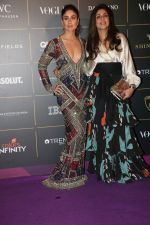 Kareena Kapoor at The Vogue Women Of The Year Awards 2018 on 27th Oct 2018 (375)_5bd6d51bad7f8.JPG