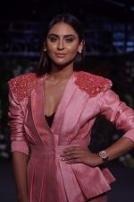 Krystle D�souza Walk The Ramp at The Wedding Junction Show on 27th Oct 2018 (34)_5bd6bd2300205.JPG