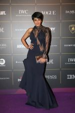 Mandira Bedi at The Vogue Women Of The Year Awards 2018 on 27th Oct 2018 (371)_5bd6d53416c3e.JPG