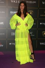 Shibani Dandekar at The Vogue Women Of The Year Awards 2018 on 27th Oct 2018 (432)_5bd6d6a1941eb.JPG